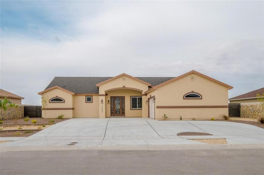 824 Gold Beach Drive Canutillo, TX 79835