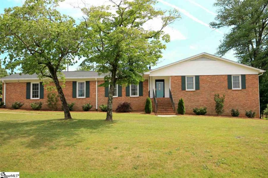 104 Autumn Hill Road Greer, SC 29651